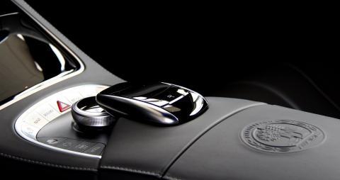 Une sublime Mercedes livrée à SAGA La Roche