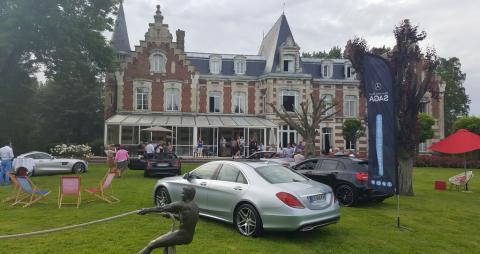 Présentation des cabriolets au Château de Tilques