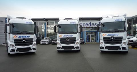Livraison de camions AGENEAU